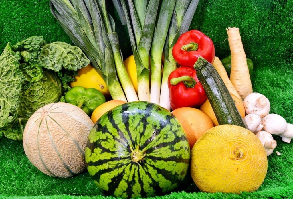 Image showing display of vegetables without plastic wrappers