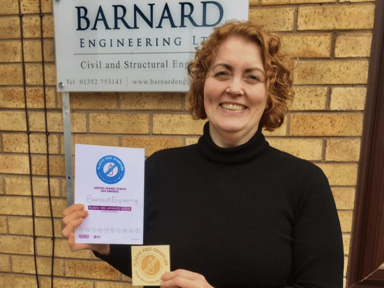 Elizabeth Barnard of Barnard Engineering, accepting the company's Plastic Free Business Champion certificate.